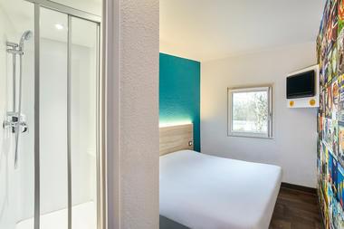 hotelF1-laval-1