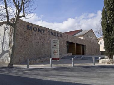 LES CAVES MONT TAUCH