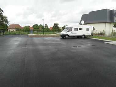 Aire camping-cars Saint-Cyr-du-Ronceray vue générale