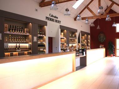 Boutique de la distillerie Calvados Pierre Huet