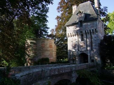 Pont. Château Le Kinnor