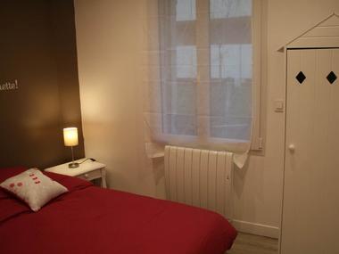 Chambre 2 côte fleurie 22 rue des blanches portes