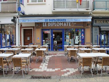 Diplomate devanture
