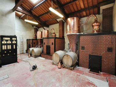 Distillerie-Groult-1-2