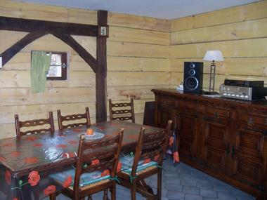 Gîte L'Orbecquoise salle à manger