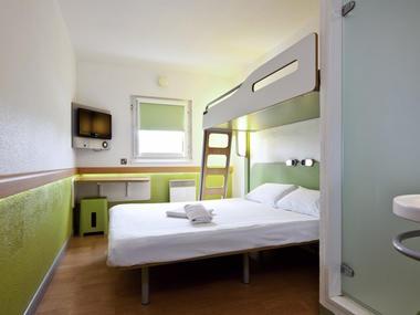 Hotel - Ibis Budget - Lisieux -  chambre triple