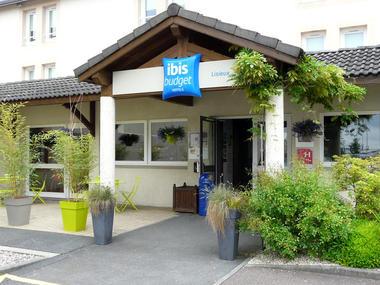 Hotel - Ibis Budget - Lisieux - entrée