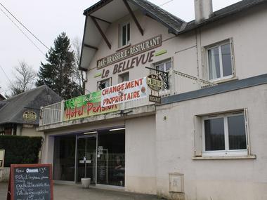 Hôtel Le Bellevue à Lisieux vue exterieure