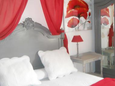 Hotel St Louis à Lisieux - chambre