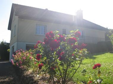 Karibu Normandy chambre d'hotes à Saint-Desir prés Vue sur maison