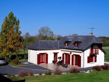 La-Cour-du-Houx-terrasse