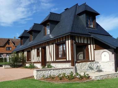 La roseraie - B&B - Hermival les Vaux (maison)