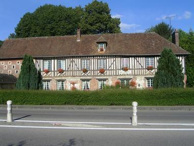 LaFermeduRoy-Restaurant-Lisieux-facade