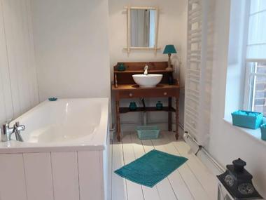 1ère salle de bain privative
