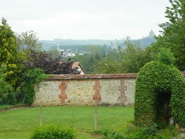 Le presbytère de Glos Gite près de Lisieux Jardin