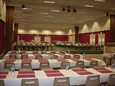 Salle-Canada-repas---PEX