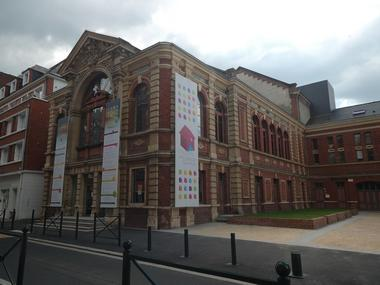 Theatre Lisieux Normandie exterieur