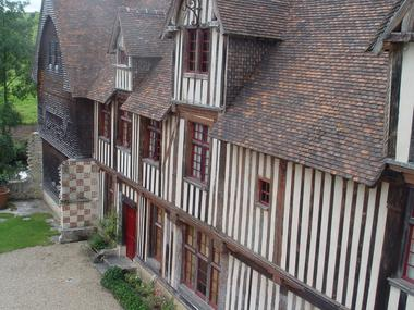 château St Germain de Livet