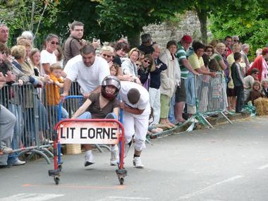 Festival-de-l-Insolite