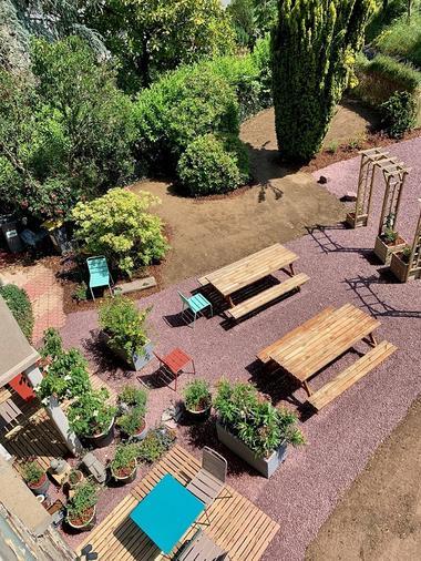 vue-sur-le-jardin-maison-des-legendes-paimpont---2-2