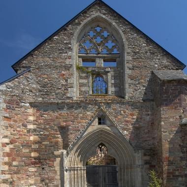 L'Abbaye Saint Jacques à Montfort sur Meu