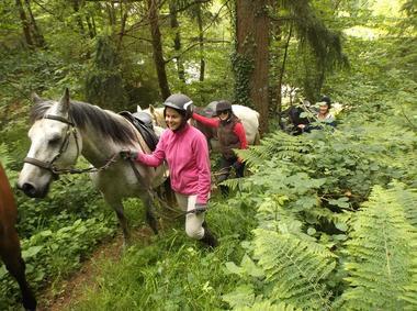 Lung Ta balade à cheval et cavaliers - Sérent