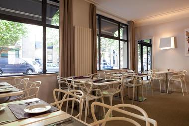 Hôtel The Originals Le Sévigné