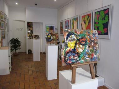 Salle d'exposition de la Galerie Hazart