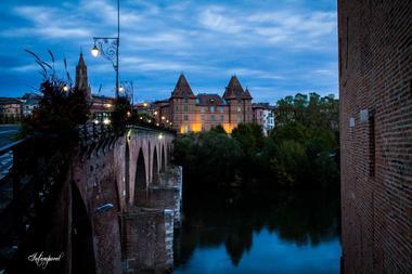 Le Pont Vieux de Montauban de nuit