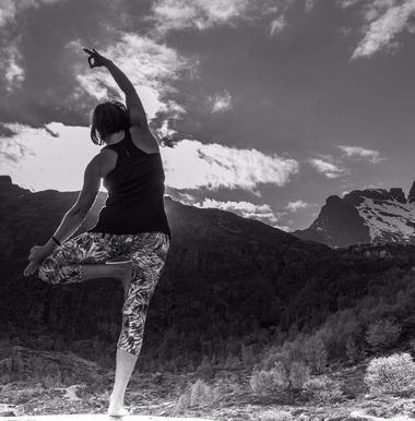 posture yoga montagne planet rando