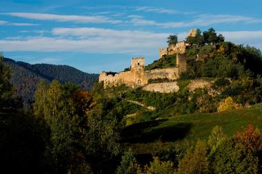Le Château de Lordat en Ariège Pyrénées