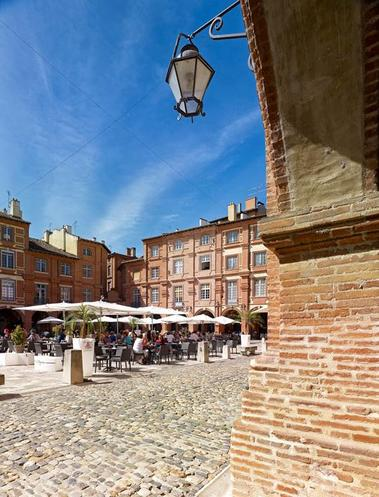 Place Nationale - Montauban Tarn-et-Garonne - Monument