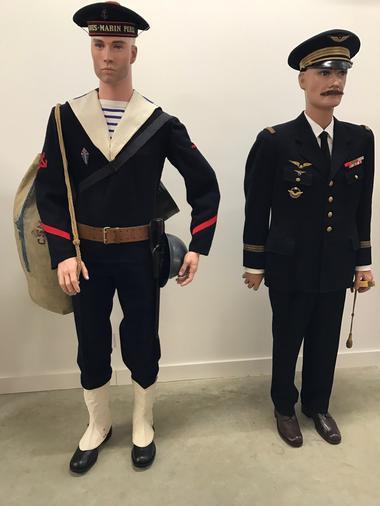 """Matelot des Forces Navales Françaises Libres du sous marin """"La Perle"""" en 1944"""