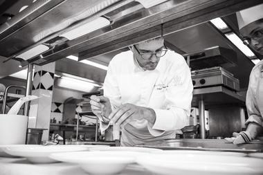 Levernois R&C - Chef Philippe Augé 2 © Arnaud Dauphin