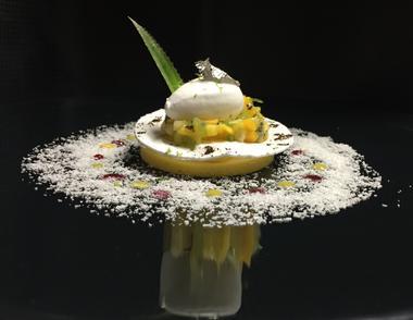 Levernois R&C - plat - Parfait Coco, nage de Fruists de la passion et Citron Vert ©JLB