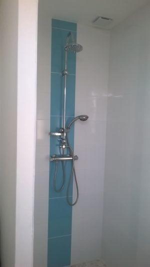 chambre-d-hote-en-ton-ile-douche-a-l-italienne-19478