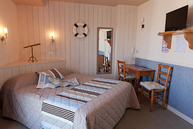 chambre-hotel-les-voygeurs-ile-yeu-631