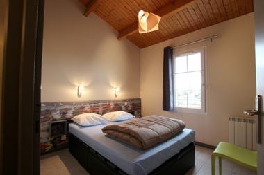chambre-adulte-lit-double-132740
