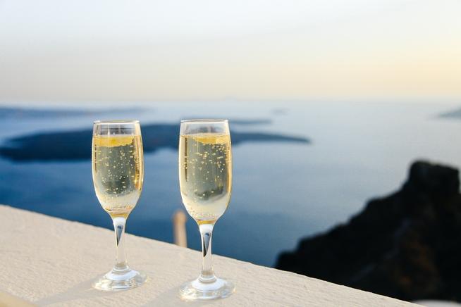 champagne-1110591_1920.jpg