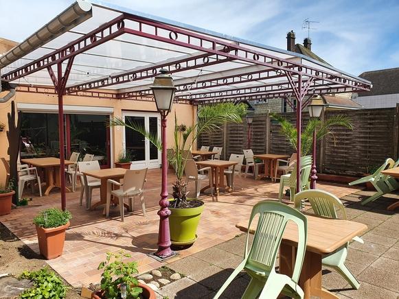 terrasse pizzeria2.jpg
