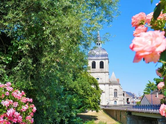Église Dienville-®OT Grands Lacs de Champagne B.C (2).JPG