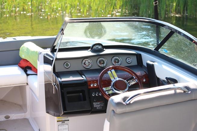boat-1505679_1920.jpg
