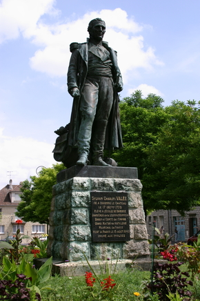 Statue Valée - ®OT Brienne-le-Château (5).JPG