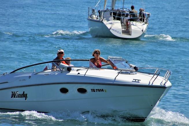 boat-3604884_1920.jpg