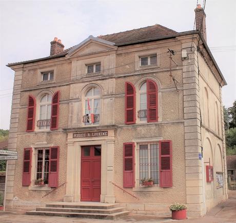 musée Loukine Mairie.JPG