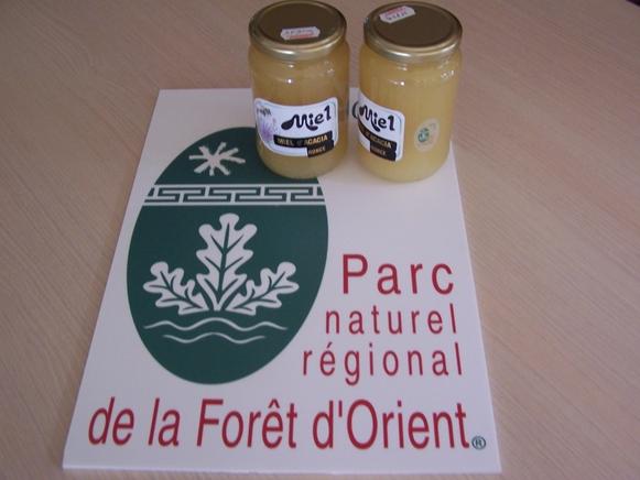 Marque Parc Miel et panneau - PNRFO 3.JPG