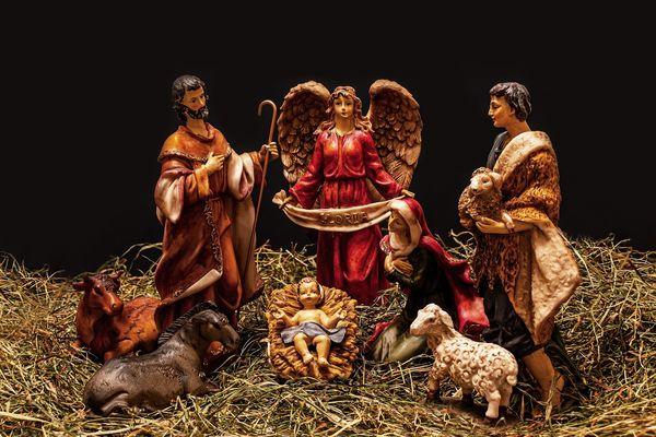 christmas-crib-figures© MyriamZilles.jpg