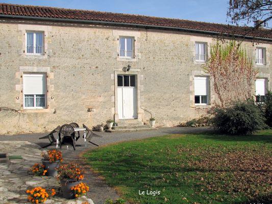 Le Logis Les Gats - Saulgé  ©Philippe Dudoit.jpg