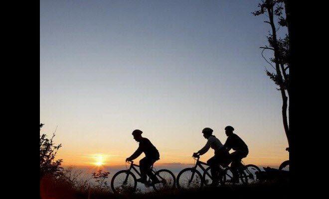 Balade nocturne à vélo.jpg