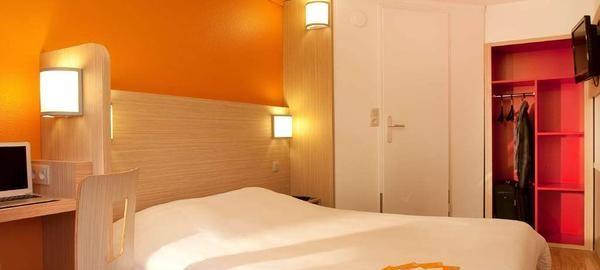 FRA22173-rooms.jpg